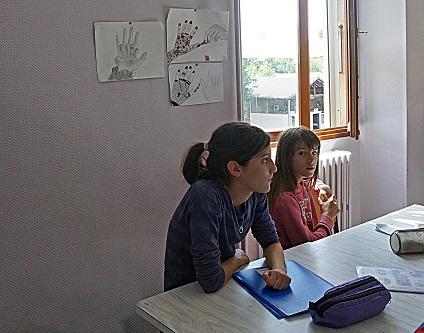 Deux élèves en arts plastiques.jpg
